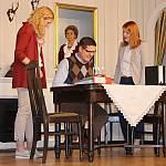 Bea und Emily Korngeist mit Friedrich Bleibtreu